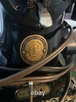 Direct Drive Heavy Duty Vtg Singer Sewing Machine Denim Leather 15-91