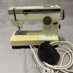 Frister & Rossmann Cub 6 Sewing Machine & Accessories Heavy Duty