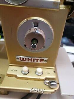 HEAVY DUTY WHITE SEWING MACHINE, All metal GEARS Model 765
