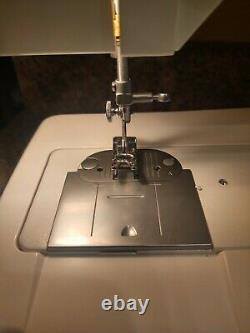 Heavy Duty Singer Solid State Model 93220 free arm Sewing machine with Pedal Cord