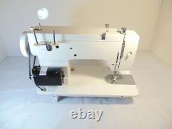 INDUSTRIAL STRENGTH HEAVY DUTY OMEGA SEWING MACHINE, 14 oz LEATHER WOW WOW