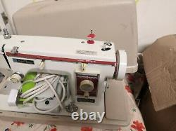 New Home 539 Semi Industrial Heavy Duty Leather And Fabric Sewing Machine
