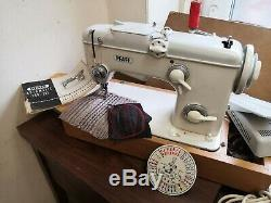 Pfaff 261 Semi Industrial Heavy Duty Upholstery And Fabric Sewing Machine