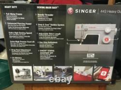 SINGER 44s Heavy Duty Sewing Machine NEW FREE SHIPPING In Hand