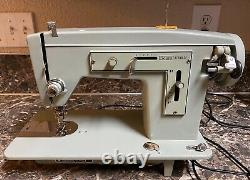 Sears Kenmore 148 12040 Heavy Duty Sewing Machine + Pedal Working Pre-owned