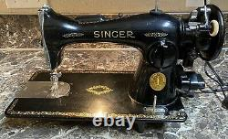Singer 15 91 Heavy Duty Sewing Machine 1950 With Manual Accessories Pedal Used