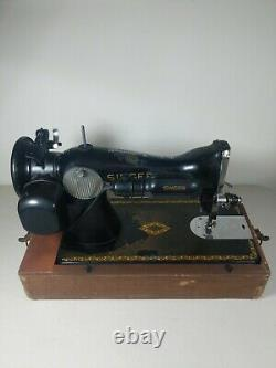 Singer 15-91 Vintage 1951 Heavy Duty Sewing Machine With Foot Pedal Tested Used