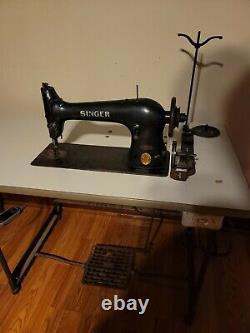 Singer 31-19 Industrial Sewing Machine Heavy Duty