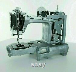 Singer 44S Classic Sewing Machine With 23 Built In Stitches Heavy Duty 17.6 Lbs