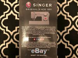 Singer Classic 44S Heavy Duty Sewing Machine 23 Built-in Stitches SHIPS TODAY