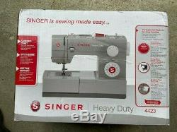 Singer HEAVY DUTY 4423 Sewing Machine (New) FAST SHIP