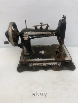 Super Rare Vintage Martha Washington Heavy Black Metal Sewing Machine