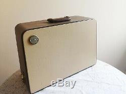 Timewarp stunning 1 owner Singer 404G Semi Industrial Heavy Duty Sewing Machine