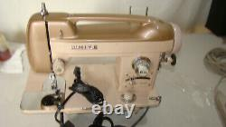 Vintage Heavy Duty White 262 Sewing Machine with Foot Pedal. TESTED Unit # 1