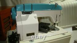 Vintage Heavy Duty White 940 Sewing Machine with Foot Pedal and Case TESTED LN