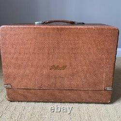 Vintage Pfaff 60 Heavy Duty Leather Denim Sewing Machine & Case
