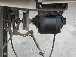 Vintage Singer 96-10 Industrial Medium To Heavy Duty Sewing Machine Good