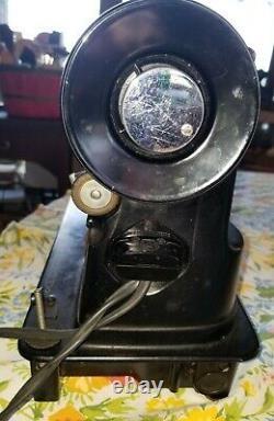 Vtg Singer 301 Portable Sewing Machine, Heavy Duty Black